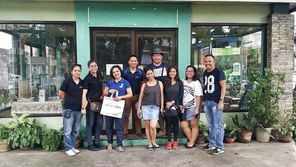 CDO Bloggers with Mr. Nilo from G.A.M.A. Northern Mindanao Tour Guides, Ms. Judee of Smart Communications, Inc., and Ms. Lovette from Iligan Bloggers Society.